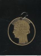 Pendentif Réalisé Dans Une Pièce De 50 Centimes Morlon Bronze-Alu - Exonumia - Munten & Bankbiljetten