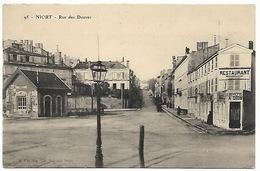 NIORT - Rue Des Douves - Niort