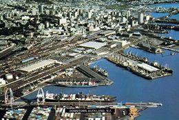 1 AK New Zealand * Downtown Auckland Und Der Containerhafen - Luftbildaufnahme * - Neuseeland