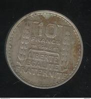 10 Francs France 1945 Grosse Tête Rameaux Courts - TTB - Francia