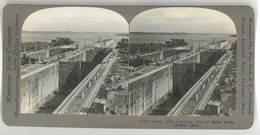 Photo Stéréoscopique : Canal Du Panama , Gatum Locks ( écluses ) - Photos Stéréoscopiques