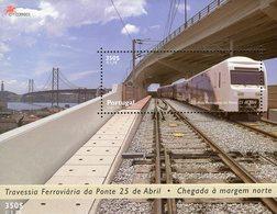 Eisenbahnbrücke 1999 Portugal Block 155 ** 5€ Züge Auf Der Tejo-Brücke Bloque Bridge Ss Train Bloc Sheet Bf Railway - Trains
