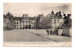 54 - LUNÉVILLE . LE CHÂTEAU ET LA STATUE DU GÉNÉRAL DE LASSALLE - Réf. N°19965 - - Luneville