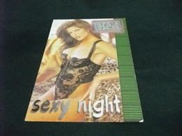 PIN UP SEXY NIGHT DONNA INTIMO NERO VILLA LA SELVA - Pin-Ups