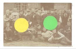 """Armée Belge - Photo Carte - 4e De Ligne """" à La Soupe """" Camp De 1908 à Beverloo (b240)1739 - Personnages"""