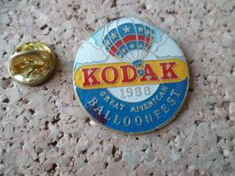 PIN'S   MONTGOLFIERE  KODAK  BALLOON FEST - Montgolfières