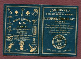 """PETIT DEPLIANT  : """" A LA PLUME  -  L. VIARME & Cie """"  ( Genre SAJOU ) - Point De Croix"""