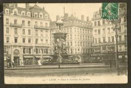 CP-LYON - Place Et Fontaine Des Jacobins - Lyon