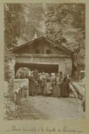 Modane . Pélerins Piémontais à La Chapelle Notre-Dame Du Charmaix . 1890-1900 . - Antiche (ante 1900)