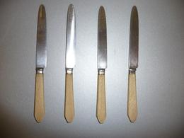 4 COUTEAUX à Fromage ANCIENS (manche En Corne) - Couteaux