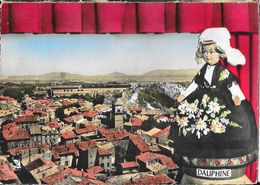 En Avion Au Dessus De Pierrelatte (Drôme) - Le Rocher, L'Eglise - Edition Lapie - Carte Colorisée N° 13 - Frankreich