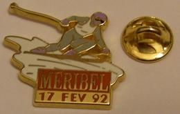 ARTHUS BERTRAND MERIBEL SKI 17 FEV 92 Pin Pin's Pins - Arthus Bertrand