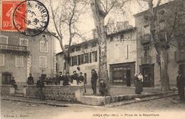 TOP CARTE - RARETE - 66 - VINCA - PLACE DE LA REPUBLIQUE - Frankrijk