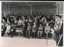 GENT   1973  FOTO 18 X 13 CM -  LT.KOLONEL LAMBILOTTE NAM AFSCHEID V/D MOBIELE GROEP - Gent