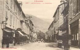 CPA 12 Aveyron Entraygues Sur Truyère - La Grand'Rue - Labouche Frères Toulouse 207 - Hotel Lion D'Or - Michelin - - France