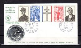 """"""" HOMMAGE A DE GAULLE """" Sur Enveloppe 1er Jour De 1971. Obl : Lille Médaille En Relief. N° YT 1698A. Parfait état. FDC - De Gaulle (General)"""