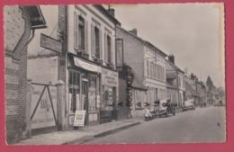 27 - LA BONNEVILLE----Hotel De La Poste---Rue J. Marechal  Automobiles---cpsm Pf - Francia