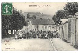 89 CERISIERS LA SORTIE DES ECOLES 1910 CPA 2 SCANS - Cerisiers