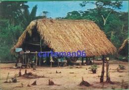 Surinam - Escale à Surinam - Un Carbet - Surinam