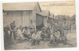 CPA Camp De Coetquidan Retour De Manoeuvre Nettoyage De Canon - Guer Cötquidan