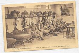 CPA Camp De Coetquidan Rteour De Manoeuvres, Paue Avant La Soupe - Guer Cötquidan