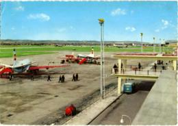 MALTA  LUQA  Air Terminal - Aerodromi