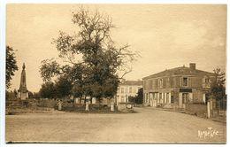 SAINT HILAIRE La PALUD * Rue De La Gare ? Monument Aux Morts * Carte Ramuntcho Bergevin Excellent état - Autres Communes