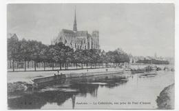 AMIENS - N° 29 - LA CATHEDRALE - VUE PRISE DU PONT D' AMONT - CPA NON VOYAGEE - Amiens