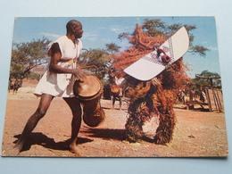 L'AFRIQUE En COULEURS Masques Et Danseurs ( HOA-QUI ) Anno 19?? ( Zie / Voir Photo ) ! - Cartes Postales
