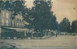 CPA 47 Lot Et Garonne Nerac Les Allées D'Albret Et Le Grand Café Marcadieu - Neuve - Micoine édit - Phot. Combier-Macon - Nerac