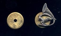 Guerre D'ALGERIE - 28ème Bataillon De Chasseurs Alpins : Boutonnière Badge Pin's +++ Très Bel Objet ! - Armée De Terre