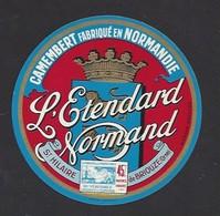 Etiquette De Fromage Camembert  -  L'Etendard Normand  -  Laiterie De Saint Hilaire De Briouze  (61) - Fromage