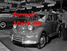 Reproduction D'une Photographie Ancienne D'une Panhard Dyna X Au Salon De L'automobile à Paris En 1947 - Reproductions