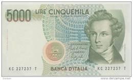 ITALY P. 111b 5000 L 1992 UNC - 5000 Lire