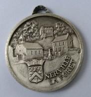 Médaille - NERVILLE LA FORET (95) - Diamètre : 3 Cm - - Touristiques