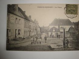 28 Thiron-Gardais La Place Café Hotel Animée Bon état - Autres Communes