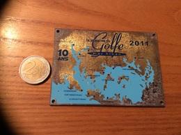 """Plaque En Bronze """"la Semaine Du Golfe Morbihan - 2011"""" 11x7cm (56) - Saisons & Fêtes"""