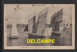 DF / BATEAUX / VOILIERS / BISQUINES CANCALAISES DANS L' AVANT-PORT DE SAINT MALO / ANIMÉE - Sailing Vessels