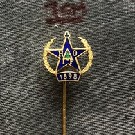 Badge Pin ZN007220 - Football (Soccer / Calcio) Hockey Bandy Sweden Heffners/Ortvikens HOIF - Football