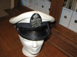 Ancienne Casquette D'un Policier Verviétois Avec Housse Plastique  - VERVIERS ( Sous Réserve) - Police & Gendarmerie