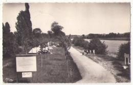 (41) 1602, Chissay En Touraine, Combier 821, Camping Sur Les Bords Du Cher - France