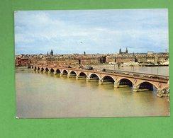 CP1926 * 1 CARTE CPSM PONT FACADE DU QUAI DES SALINIERE BORDEAUX GIRONDE AVEC TIMBRE YT N°1469 ET TAXE - Bordeaux