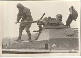 Photo 175 Mm X 125 Mm - Années 60 - Manoeuvre - Char Blindé  - Guerre Militaire - Scan R/V - - Guerre, Militaire