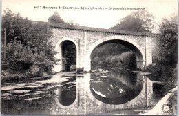 28 LEVES - Le Pont Du Chemin De Fer - Lèves