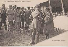 Ww1 Ou Après Le Maréchal Lyautey Reçoit La Maréchal Pétain Descente Avion Beau Plan éditeur Madelaine Casablanca - Weltkrieg 1914-18