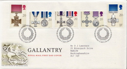 Great Britain Set On Used FDC - Militaria