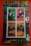 2010- MALAWI-Bears PANDA- Sheet MNH** - Malawi (1964-...)