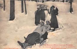 Cauterets (65) - Au Concours International De Ski - Une Glissade En Lugge - Luge Sports D'hiver - Cauterets