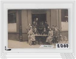 9739  AK/PC  CARTE PHOTO A IDENTIFIER/CAFE - Da Identificare
