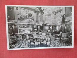 RPPC  United States Lines  SS Manhattan Smoking Room-- Black Paper Residue On Back    Ref. 3084 - Paquebots